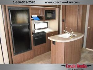 2015 Solaire 263 RBDSK Travel Trailer for Sale Call Mike Edmonton Edmonton Area image 7