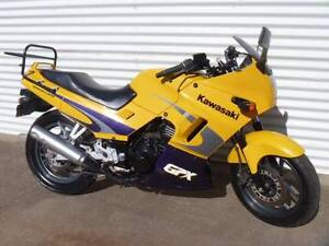2003 kawaski gpx 250 r comes with heated grips and ventura rack Devonport Devonport Area Preview