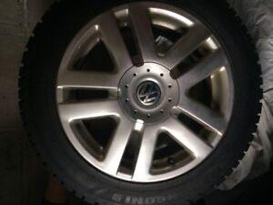 Volkswagen tires on rims/pneus sur jantes
