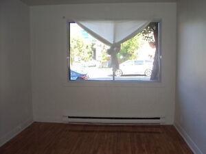 4- Villeray Beau 3 1/2  1er etage $630.00  **Logement Libre**