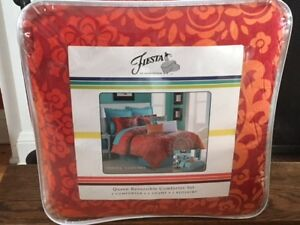 Brand New Queen Comforter Set - Fiesta Cozumel - Never Used