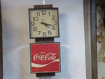 Vintage 1970s Electric Coca Cola Advertising Clock Model G018 parts repair B
