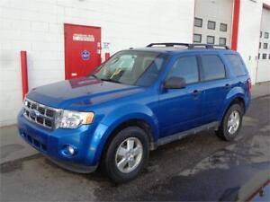 2011 Ford Escape XLT ~5 Speed Manual! ~ 139,880kms ~ $6999.00