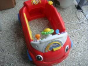 Fisher-Price Laugh & Learn Crawl Around Car. Parrearra Maroochydore Area Preview