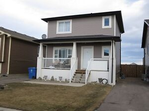 Affordable condo in Aspen Heights 5609-43rd street in Taber