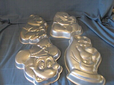 Mickey Mouse Cake Pans (Wilton Cake Pan Mold Lot- Winnie the Pooh, Mickey Mouse, Scooby Doo- (4)