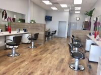 Hiring Full-time Licensed Hairstylist