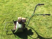 Webb Cylinder Petrol Lawnmower - self propelled 2HP mower for striped lawn