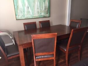 Kitchen/Dining table and chairs