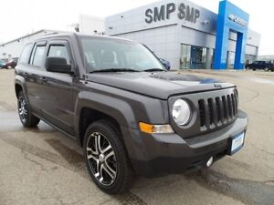 2015 Jeep Patriot Altitude 4X4, alloys, SMP