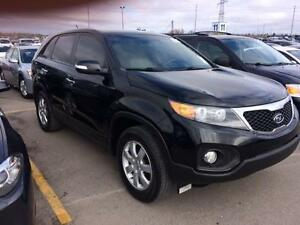 2012 KIA SORENTO LX , MANUAL/6 speed, 2.4 L,  ALLOYS, GAS SAVER!