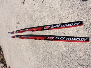 Skate skis for 110 - 130lb person