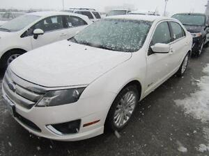 2010 FORD FUSION HYBRID NO ACCIDENTS!