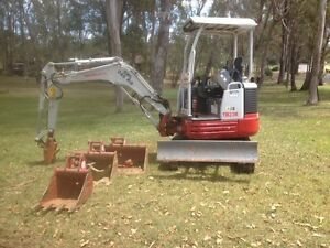 Excavator Hire - DIY East Kurrajong Hawkesbury Area Preview