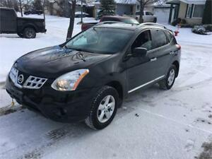 """2013 Nissan Rogue AWD      """"We Finance! Pay direct-No Banks"""""""