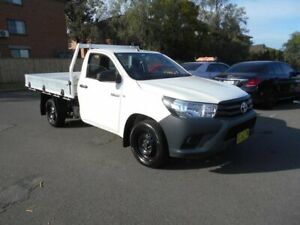 2015 Toyota Hilux GUN122R Workmate White 5 Speed Manual Cab Chassis Bankstown Bankstown Area Preview
