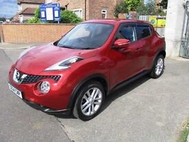 Nissan Juke automatic acenta ONLY 3,600 miles full Nissan service histroy Nissan warrant for a year.