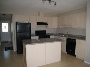 3 Bed Duplex in Silverberry - Finished Basement!