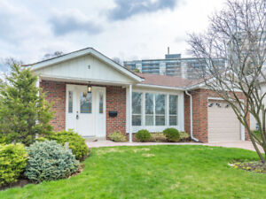 Bright Spacious 3 Bed Detached On Cul De Sac In Henry Farm