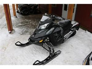 2016,1200X DEMO BEAUTIFUL SLED READY FOR WINTER COME HAVE A LOOK Peterborough Peterborough Area image 2