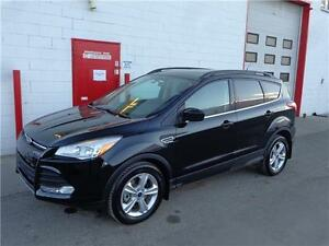 2014 Ford Escape SE 4WD ~ Leather ~ Sunroof ~ Nav ~ $18,999