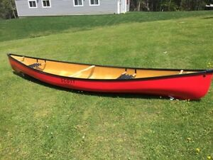 Scott Wilderness 15.2ft canoes - last one in Fiberglass in olive