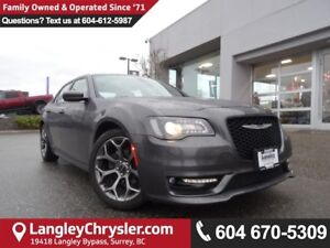 2017 Chrysler 300 S <B>*GPS*PANO SUNROOF*LOCAL*</B>