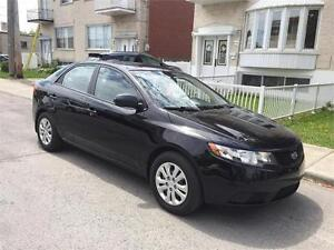 2010 kia forte- AUTOMATIC- 142 000km- IMPECABLE-- 4 CYL- 4900$