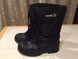 Men's size 9 Kamik winter boots