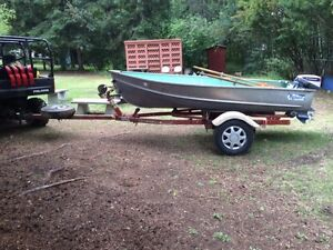 12' Lund Beaver, 15HP Evinrude and trailer