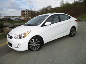 2017 Hyundai ACCENT SE SEDAN (MOONROOF, ALLOYS, FOG LIGHTS, HEAT