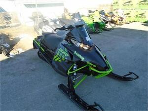 2017 ARCTIC CAT ZR 8000 LTD 129' WITH 3 YEAR WARRANTY STILL !