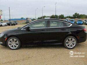 2015 Chrysler 200 Limited - Rear Back Up Camera - Heated Front S Edmonton Edmonton Area image 8