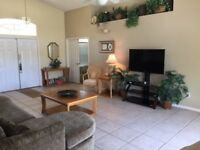4 BEDROOM HOME FROM HOME VILLA IN FLORIDA WITH GAMES ROOM AND FREE INTERNET - NEAR DISNEY ETC