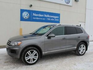 2012 Volkswagen Touareg HIGHLINE - SPORT PACKAGE / LEATHER / SUN