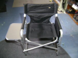 Faulkner folding lawn chair with tray and storage