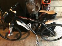 Whyte 801 Mountain bike - very good condition with spare tyres - Medium