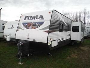 2016 Puma 30RKSS Rear Kitchen Travel Trailer with Slide Stratford Kitchener Area image 2