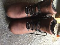 Peter Storm Men's Snowdon Walking Boot size 8 brown waterproof - Worn