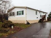 Well Maintained Mobile Home