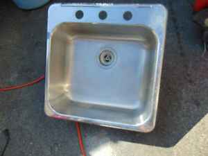 1 stainless steel sink 19 x 19 with no faucet $45  514-803-4656
