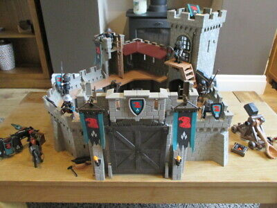Playmobil 4866 - Falcon Knights Castle With Knights & Accessories