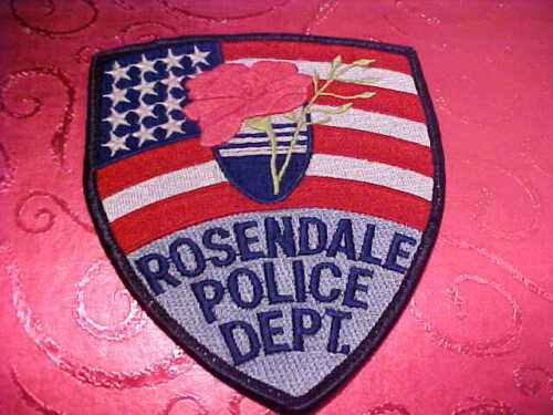 ROSENDALE WISCONSIN POLICE PATCH SHOULDER SIZE USED