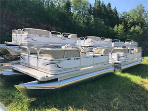 14 or 16Ft or 18 Ft Compact Pontoon w/ motor   NS
