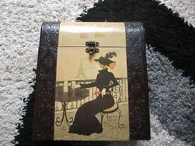 Vintage 3 wine box