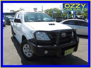 2011 Toyota Hilux KUN26R MY11 Upgrade SR (4x4) White 5 Speed Manual Dual Cab Pick-up Penrith Penrith Area Preview