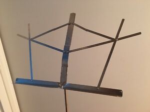 Light adjustable music stand (2)