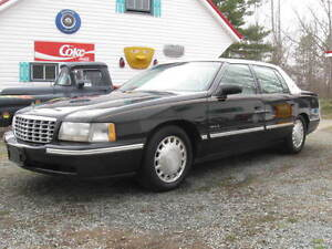 (OLDIE BUT A BEAUTY)  1999 Cadillac DeVille Sedan