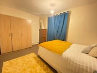 *D* Stratford Double Bedroom Available NOW*