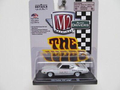 M2 Auto Drivers   White 69 Pontiac Gto  The Judge   W  Rubber Tires